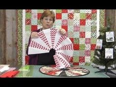 The Easiest Christmas Table Topper / Mini Tree Skirt You'll Ever Make! By Jenny Doan of The Missouri Star Quilt Company