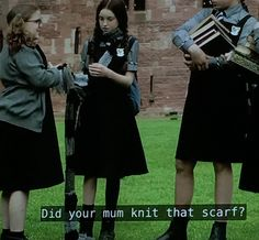 Mildred's scarf from The Worst Witch Raquel Cassidy, The Worst Witch, Queen, Wizards, Easy Drawings, Fangirl, Patterns, Halloween, Knitting