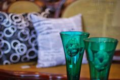 As criações do Designer João Caixeta para o varejo - seja nas vitrines ou no Visual Merchandising - tem a marca registrada da delicadeza e do bom gosto. #consultoriodovarejo #retail #varejo #vitrine #vitrinismo #visualmerchandising