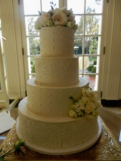 delicate lace and pearls wedding cake wwwcheesecakeetcbiz wedding cakes charlotte nc