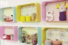 Mira que buenas ideas para reciclar cajas de fresas en www.diydiymydarling.com