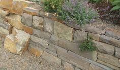 Trockenmauer Grauwacke