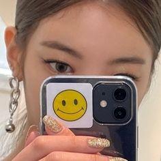 I Love Girls, Cool Girl, Cute Pastel Wallpaper, Blackpink Jennie, Up Girl, Aesthetic Pictures, Kpop Girls, Girl Group, Idol
