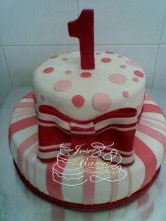 By Jose Rama Cakes, Desserts, Food, Design, Art Cakes, Dessert, Tailgate Desserts, Deserts, Cake Makers