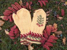 Ulla 03/13 - Ohjeet - Syyspihlaja Knit Socks, Knitting Socks, Mittens, Fingerless Mitts, Fingerless Mittens, Gloves