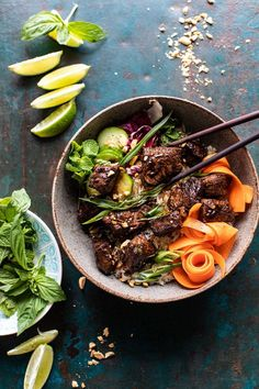 Minute Vietnamese Beef and Crispy Rice Bowl. 30 Minute Vietnamese Beef and Crispy Rice Bowl Asian Recipes, Beef Recipes, Cooking Recipes, Healthy Recipes, Ethnic Recipes, Leftover Rice Recipes, Steak And Rice, Cooking White Rice, Half Baked Harvest