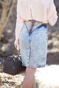 It's all about the buttons this Fall! #buttonskirt #fallfashion #denimskirt #style #trendy   ||  Skirt  || Bag: S/O Vintage Louis Vuitton || Booties  || Button Down: Similar || Sun...