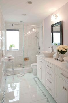 Best Bathroom Renovation Ideas Attractive bathroom remodel as well as full transformation to this desire bathroom! Washroom Remodelling Ideas: bathroom remodel price, restroom ideas for tiny washrooms, little bathroom layout ideas. Bathroom Design Luxury, Bathroom Design Small, Bathroom Layout, Dyi Bathroom, Bathroom Designs, Bathroom Furniture, Washroom, Small Master Bathroom Ideas, Bathroom Mirrors