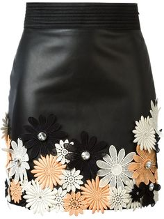 Shop Emanuel Ungaro flower appliqué mini skirt in Jean Pierre Bua from the wor… – Decor Style 2019 Applique Skirt, Flower Applique, Short Floral, Office Skirt, Diy Fashion, Womens Fashion, Fashion Skirts, Flower Skirt, Rock Design