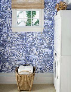 Fun wallpaper / laundry room
