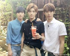 starclusterdiary:   Doyoung & Johnny's third... | Cutie-Lee-Taeyong
