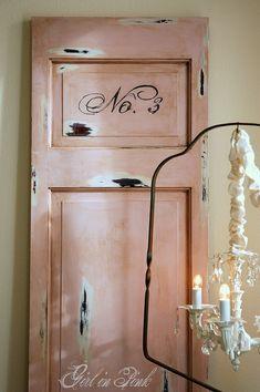 Shabby door in Antoinette with dark wax.