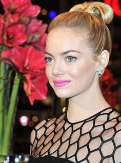 Emma Stone / Pretty pink pout, light eyes, and glowing skin #beauty