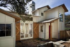 2013 House Awards - FineHomebuilding.com Modern Farmhouse Style