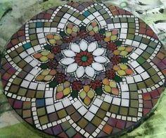 Mosaic Vase, Mosaic Tile Art, Mosaic Artwork, Mosaic Diy, Mosaic Garden, Mosaic Crafts, Mosaic Projects, Free Mosaic Patterns, Hand Embroidery Patterns Flowers