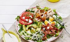 Keto Cobb Salad With Ranch Dressing Low Carb Salad Recipes Salad Recipes No Meat, Low Carb Vegetarian Recipes, Low Carb Chicken Recipes, Diet Recipes, Healthy Recipes, Keto Chicken, Tofu Recipes, Vegan Meals, Recipes Dinner