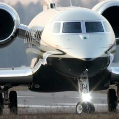 @gulfstreamaero G 650 incredible take-off  we always #flyprivate on Sierra Echo #styleestate it's a G-thing