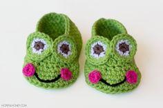 Cuddly Wuddly Sock Penguins   AllFreeHolidayCrafts.com