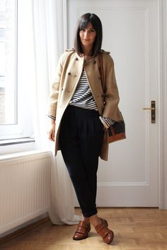 Golestaneh - Street Style: street style 0205: camel cape coat, men´s pants & brogues