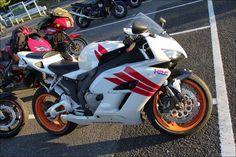 ROAD RIDER:Street motorcycle in Japan - HONDA CBR1000RR SC57E・水冷4ストロークDOHC直列4気筒