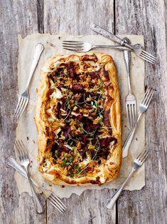 Poropiirakka | Meillä kotona Fisher, Vegetable Pizza, Tapas, Goodies, Snacks, Baking, Ethnic Recipes, Food, Party Party