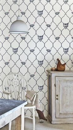 Fox & Hen Wallpaper, Designer Wallpapers For Walls | Barneby Gates