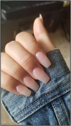 The advantage of the gel is that it allows you to enjoy your French manicure for a long time. There are four different ways to make a French manicure on gel nails. The choice depends on the experience of the nail stylist… Continue Reading → Summer Acrylic Nails, Best Acrylic Nails, Acrylic Nail Designs, Acrylic Colors, Summer Nails, Simple Acrylic Nails, Acrylic Art, Nail Colors, Aycrlic Nails