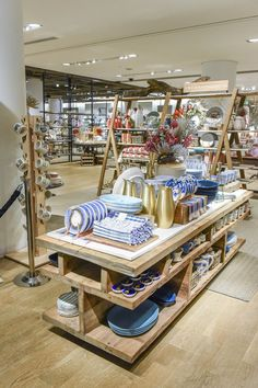We've Arrived At Nordstrom! Suite One Studio Design Partnership Expansion: Anthropologie Home x Nordstrom Boutique Interior, Boutique Deco, Shop Interior Design, Design Furniture, Furniture Vintage, Industrial Furniture, Vintage Industrial, Industrial Style, Retail Store Design