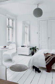 Very tranquil bedroom, via Seventeen Doors blog