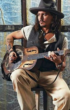 Maybe it's been said too much, but I still really really like Johnny Depp.