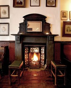 Discover the best London pubs with open fires in Time Out& guide to bars and pubs with fireplaces, including real log burners plus gas fires. Best London Pubs, Best Pubs, London Hotels, Open Fires, Gas Fires, Pub Ideas, Dublin Airport, Weekend In London, Old Pub
