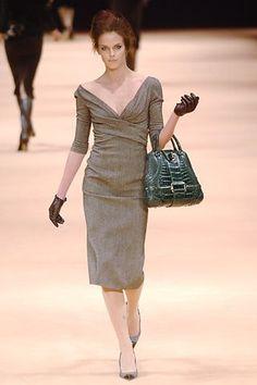 Alexander McQueen Fall 2005 Ready-to-Wear Fashion Show - Shannan Click