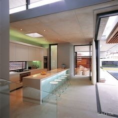 The Voelklip House by SAOTA. More: http://www.snobtop.com/2012/09/saota-architects-the-voelklip-house/