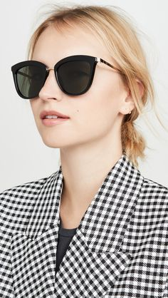 There are many different factors to consider when searching for a flattering pair of sunglasses, whether it's your face shape, coloring and more! Le Specs Sunglasses, Oversized Sunglasses, Face Shapes, Frame, Color, Tops, Style, Fashion, Picture Frame