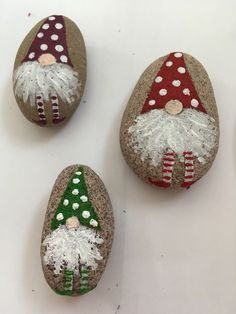 rock painting rock painting - Baby Stuff and Crafts Rock Painting Patterns, Rock Painting Ideas Easy, Rock Painting Designs, Rock Painting Kids, Stone Crafts, Rock Crafts, Holiday Crafts, Painted Rocks Craft, Hand Painted Rocks
