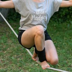 Cotton T-shirt with slackline print designed and made by SlacKing company. Produced using screen printing. Made with passion.  Size: M Color: Heather gray Design color: White Material: Cotton 100%
