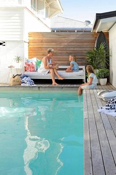 Browse swimming pool designs to get inspiration for your own backyard oasis. Discover pool deck ideas and landscaping options to create your poolside dream. Backyard Pool Landscaping, Backyard Pool Designs, Swimming Pools Backyard, Swimming Pool Designs, Pergola Patio, Landscaping Ideas, Lap Pools, Corner Pergola, Landscaping Software
