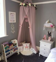 has created a little girls dream cosy reading corner in her room. Childrens Reading Corner, Cosy Reading Corner, Cosy Corner, Reading Room, Book Corner Ideas Bedroom, Bedroom Corner, Girls Bedroom, Girls Princess Bedroom, Bedroom Ideas