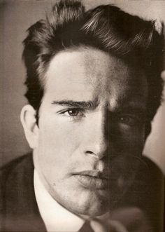 Henry Warren Beatty (born March 30, 1937) is an American actor, producer, screenwriter and director.