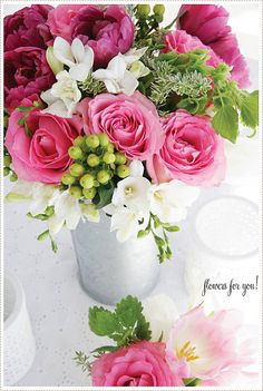 Floral arrangement idea - Flowers for you.