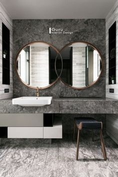 Gorgeous 45 Magnificient Bathroom Mirror Design Ideas White, bright and fabulous bathrooms are all the buzz in the latest bathroom design craze. Bathrooms splashed with boldly colored … Bathroom Mirror Design, Bathroom Colors, Bathroom Styling, Bathroom Interior Design, Bathroom Sets, Home Interior, Bathroom Mirrors, Modern Mirror Design, Interior Colors