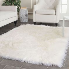 Faux Sheep Skin Ivory 5' x 7' Rug
