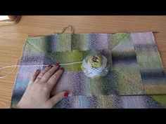 Jak připlétat modulové díly, škola pletení Katrincola yarn, Knitting moduls - YouTube Knitting Squares, Youtube, Ideas, Scrappy Quilts, Home, Thoughts, Youtubers, Youtube Movies