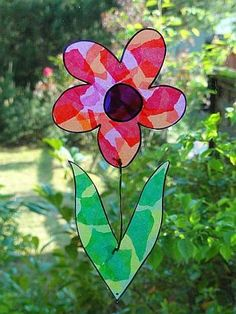 Spring Crafts for Kids - Colorful Flower Window Decoration Felt Flowers Patterns, Fabric Flowers, Paper Flowers, Spring Crafts For Kids, Summer Crafts, Art For Kids, Kid Art, Kids Crafts, School Room Decorations