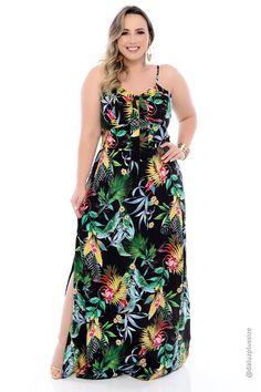 Vestido Longo Plus Size Lisse Plus Size Long Dresses, Trendy Dresses, Vestidos Plus Size, Looks Plus Size, Dress Making, Plus Size Fashion, Denim Shorts, Casual, Clothes