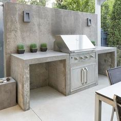 A custom built counter and base built by Marcelo for our good friends - gartengrill - Outdoor Kitchen Outdoor Kitchen Countertops, Patio Kitchen, Outdoor Kitchen Design, Concrete Countertops, Outdoor Bbq Kitchen, Cozy Kitchen, Outdoor Kitchens, Outdoor Barbeque Area, Concrete Bar