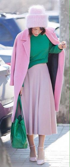 Look Graceful With Pastel Pink Coat Ideas) Fashion Colours, Colorful Fashion, Love Fashion, Fashion Looks, Womens Fashion, Style Fashion, Winter Fashion, Cool Winter, Modest Fashion