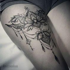 - Tattoos - Tattoo Designs For Women Mandala Thigh Tattoo, Tattoo Henna, Lace Tattoo, Henna Tattoo Designs, Tattoo Designs For Women, Tattoos For Women, Tattoo Ideas, Flower Thigh Tattoos, Tattoo Ink