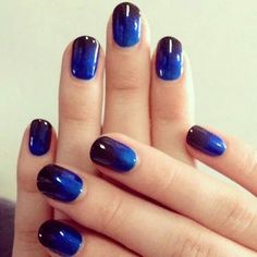 Difuminado azul y negro