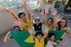Una familia brasileña cuyos integrantes nacieron con seis dedos por una mutación genética esperan ser el talismán de la verdeamarela para lograr su sexto Mundial.